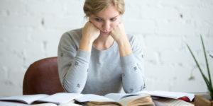 Cum încep să scriu lucrarea de licență?