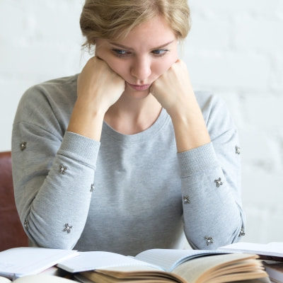 Cum se elaborează și redactează o lucrare de licență sau disertație